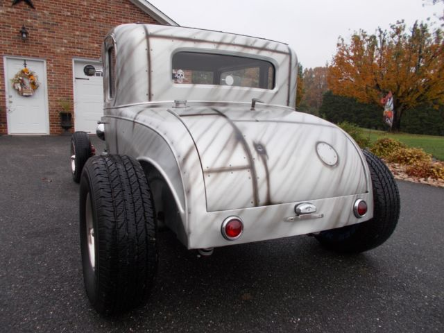 1931 CHEVROLET 5 WINDOW COUPE TRADITIONAL HOT RAT ROD V8