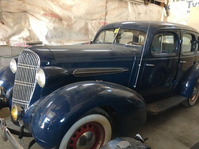 1935 oldsmobile f 35 base 4 door sedan suicide doors extra for 1935 ford 4 door sedan