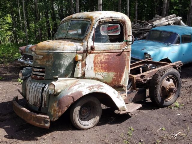 1941 Chevy Coe Cabover Stubnose truck project patina barn find