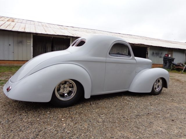1941 Willys new fiberglass body, new tube chassis, roller project