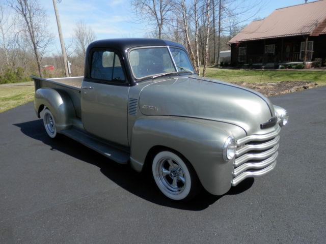 1952 Chevy Custom Classic Street Rod Hot Rod Show Truck