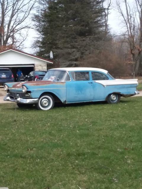 1957 ford 2 door post custom 300 for sale in morley. Black Bedroom Furniture Sets. Home Design Ideas