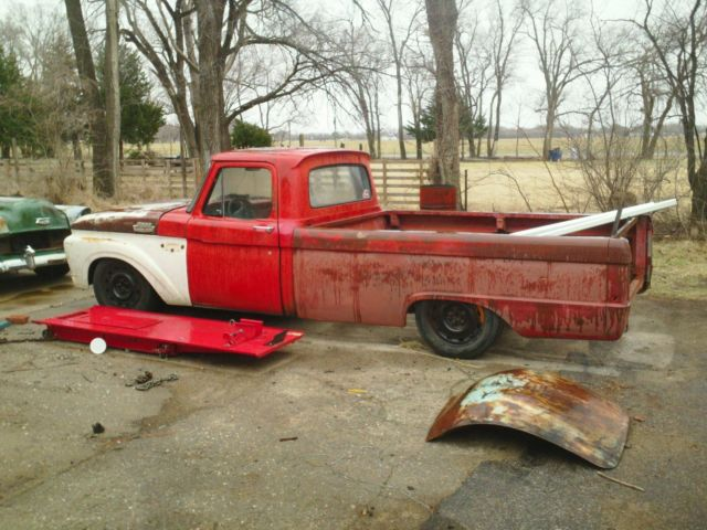 1975 Ford F100 Crown Vic Swap for sale in Aledo, Illinois, United States