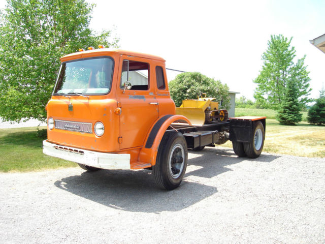 1965 international co 1700 cabover coe truck for sale in peterborough ontario canada. Black Bedroom Furniture Sets. Home Design Ideas
