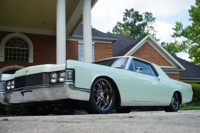 1968 lincoln continental custom 7 5l no reserve resto mod hot rod lowered for sale in. Black Bedroom Furniture Sets. Home Design Ideas