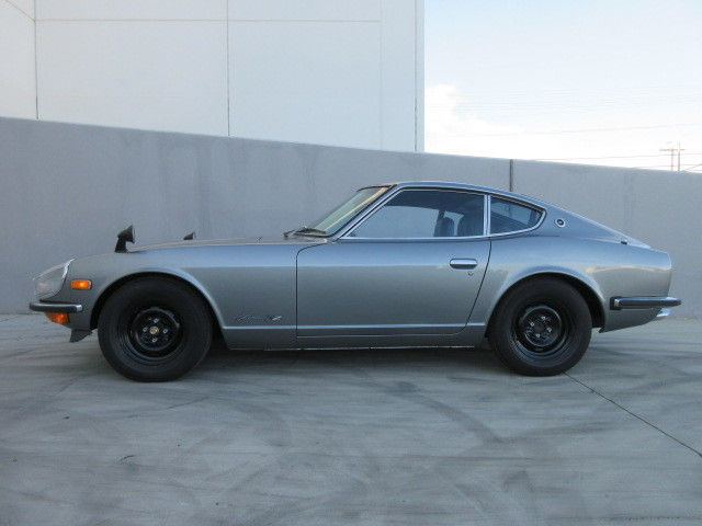 1971 datsun 240z authentic nissan fairlady z jdm right. Black Bedroom Furniture Sets. Home Design Ideas