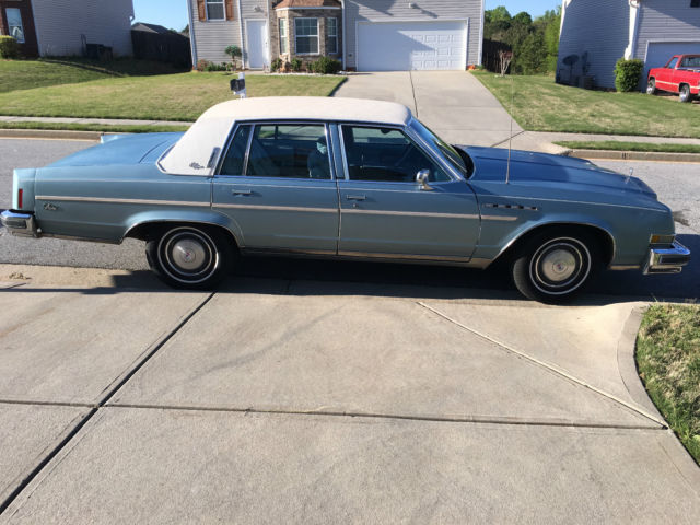 Original Classic Buick Park Avenue Electra Limited Door Sky Blue on 1982 Buick 4 Door