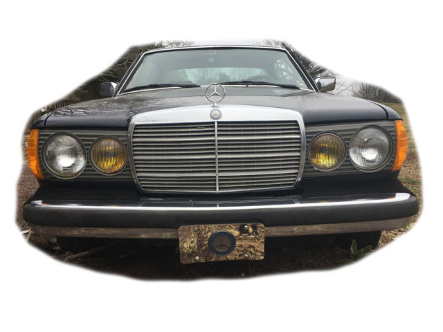 1983 Mercedes Benz 300CD 2 Door Coupe TUBRO Diesel USED for