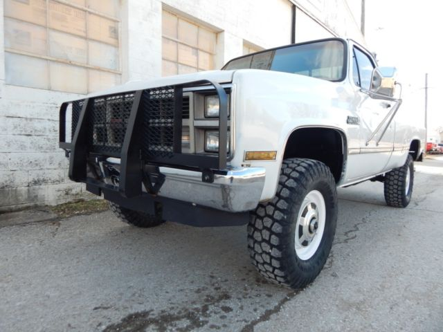 1984 GMC K20 Sierra Classic, 350 V-8, Lifted, 4x4, Rust Free! for