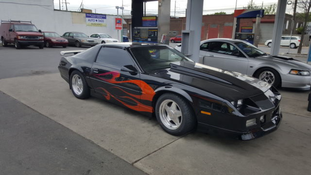 1986 chevy camaro z28 t tops black flame paint job for. Black Bedroom Furniture Sets. Home Design Ideas