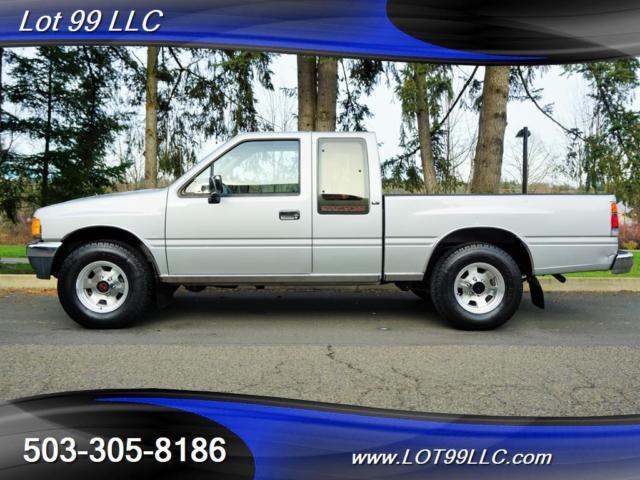 1988 Isuzu Pickup LS 84k Miles **SPACECAB** 4x4 5 Speed