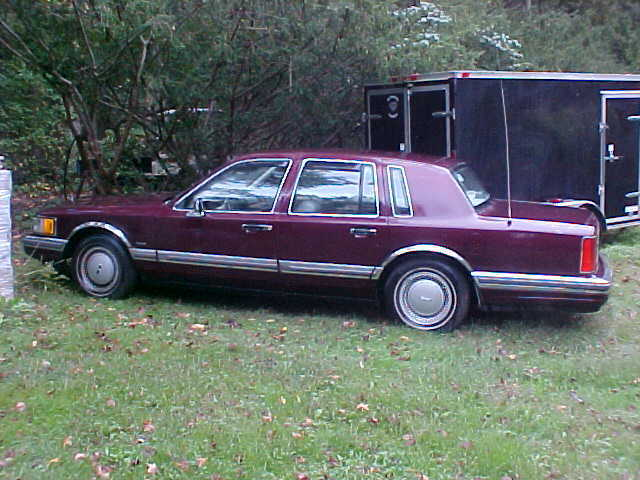 1990 Lincoln Town Car Sedan Classic First Year Model 4 Dr Sedan W