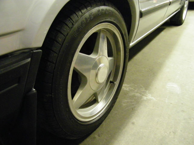 1990 Volvo 740 GLT 16 Valve 5 speed manual , Very Clean and