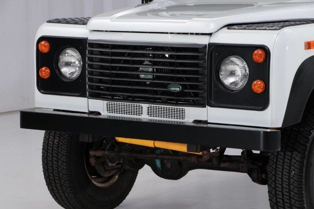 1993 Land Rover Defender 110 NAS 4WD 1688 Miles White SUV