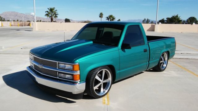 1994 Chevrolet C1500 Silverado Regular Cab Short Bed W