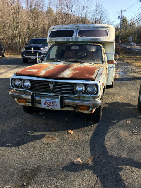 77 Toyota Chinook Camper dually pop up camper all propane appliances