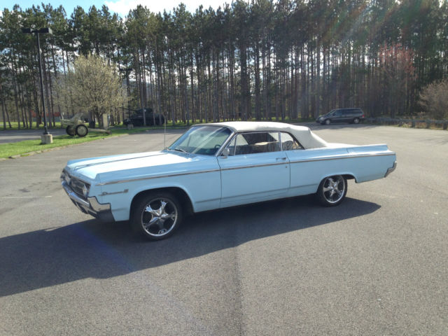 Classic 1964 Oldsmobile Dynamic 88 Convertible V8 Automatic