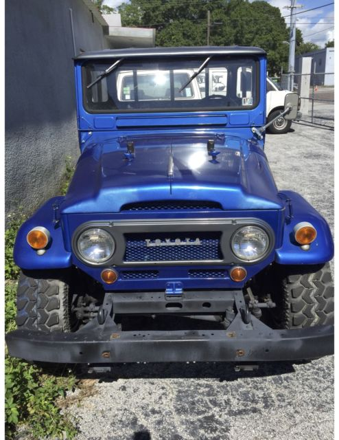 1983 TOYOTA Land Cruiser Pick Up Truck FJ45 for sale in