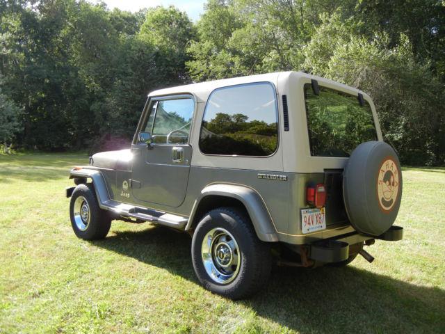 jeep wrangler yj sahara for sale in north brookfield massachusetts united states. Black Bedroom Furniture Sets. Home Design Ideas