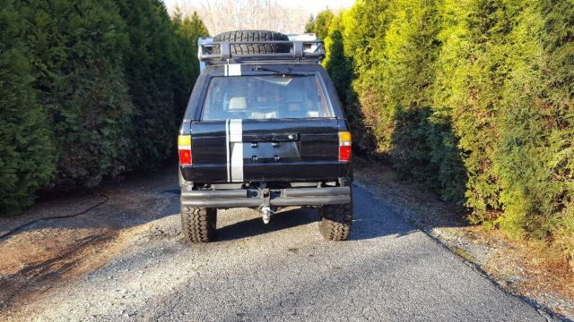 Toyota 4runner straight axle v8, auto, 4x4 for sale in